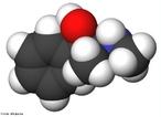 Representação tridimensional da molécula de efedrina. É uma amina simpatomática similar aos derivados sintéticos da anfetamina, muito utilizada em medicamentos para emagrecer, pois ela faz que o metabolismo acelere, queimando mais gordura (através da termogênese - produção de calor), porém causa uma forte dependência, o que fez a droga ser proibida para este uso, mas ainda pode ser encontrada em algumas farmácias em forma de remédios destinados para problemas respiratórios. Fórmula molecular C10H15NO. Massa molar 165,23 g/mol. Nomenclatura IUPAC (sistemática) (1R,2S)-2-(methylamino)-1-phenylpropan-1-ol <br/><br/> Palavras-chave: Efedrina. Medicamentos. Química orgânica. Doping.