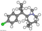 Molécula em três dimensões da sibutramina é um fármaco utilizado no tratamento da obesidade, com mecanismo de ação diferente da d-fenfluramina e d-anfetamina. Seu mecanismo de ação justifica a inclusão da sibutramina na categoria dos medicamentos inibidores seletivos da recaptação da serotonina e norepinefrina. Desta forma, a sibutramina se diferencia claramente das outras categorias de agentes capazes de reduzir peso. O cloridrato monoidratado de sibutramina é uma agente antiobesidade que exerce primariamente suas ações terapêuticas através de seus metabólitos ativos, mono-desmetil M(1) e di-desmetil M(2), por bloquear de maneira efetiva a recaptação da serotonina (5-hidroxitriptamina, 5-HT), norepinefrina, e dopamina. Fórmula molecular C17H26NCl. Massa molar 279,85 g/mol. Nomenclatura IUPAC (sistemática) (±)-1-(4-clorofenil)-N,N-dimetil-a-(2-metilpropil)-ciclobutanometanamina <br/><br/> Palavras-chave: Sibutramina. Medicamentos. Química orgânica. Doping.