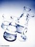 Vidraria de laborat�rio como b�quer, erlenmeyer, proveta, bal�o de fundo redondo utilizada em experimentos.  <br/><br/> Palavras-chave: Vidraria. Laborat�rio. Experimentos.