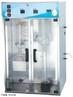 Destilador de biodiesel destila o �leo bruto B100 submetendo sua destila��o a v�cuo para descobrir a temperatura equivalente a da atmosfera, destilando 90% do volume. Imagem cedida pela Quimiquis Aparelhos Cient�ficos Ltda.  <br/><br/> Palavras-chave: Destilador de biodiesel. Equipamentos de laborat�rio. M�todos de separa��o.