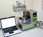 Um novo equipamento de uso laboratorial para a obten��o de �xidos de alta pureza em escala nanom�trica acaba de ser lan�ado pela Nanox Tecnologia, empresa com sede em S�o Carlos (SP) especialista no desenvolvimento de materiais inteligentes por meio da s�ntese de �xidos e metais nanoestruturados. <br/><br/> Palavras-chave: Equipamento de laborat�rio. Laborat�rio de qu�mica. Materiais inteligentes.